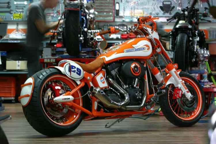 Tomic Custom Bike - Prerade - Nighttrain R